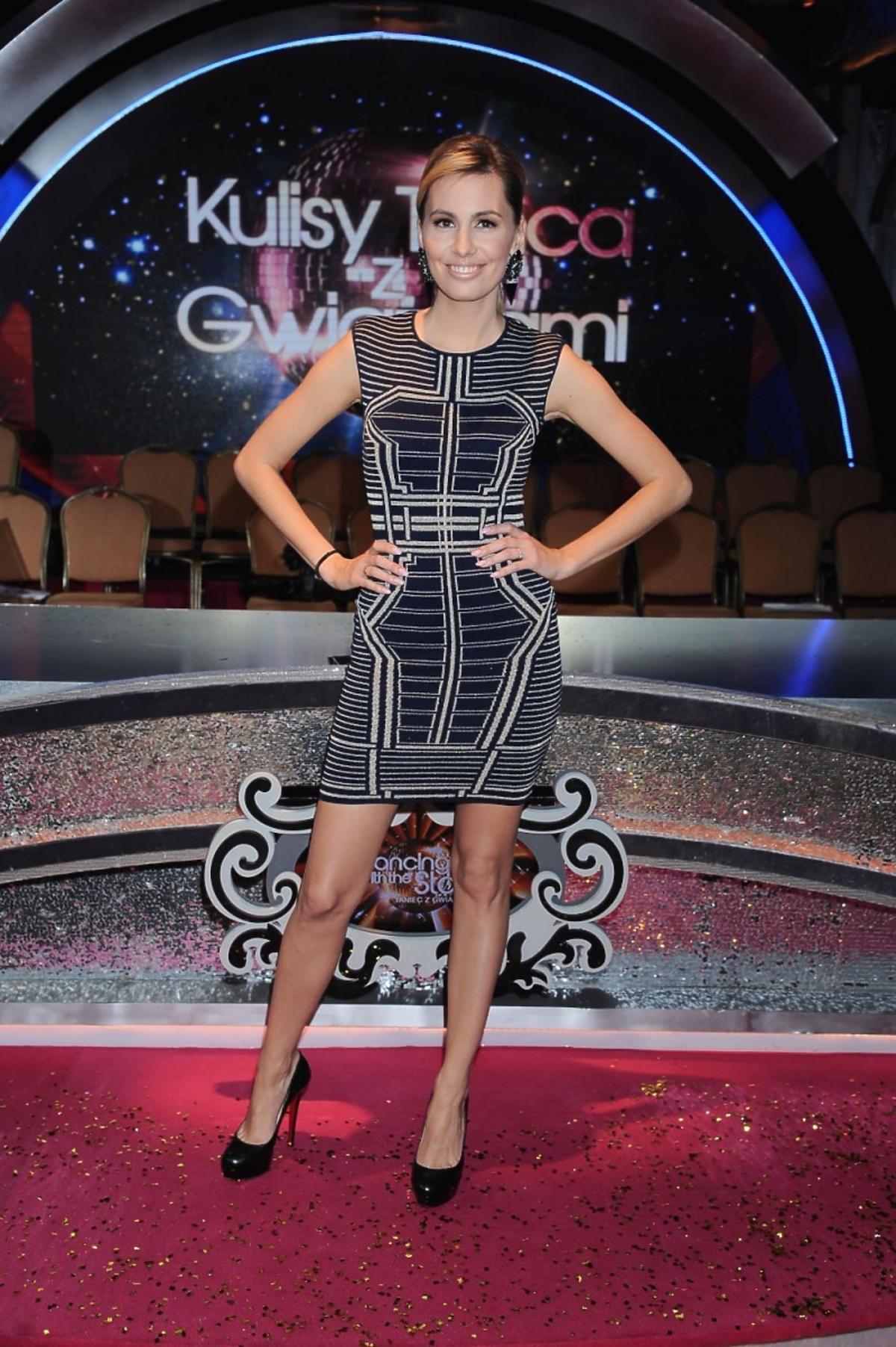 Agnieszka Hyży w sukience w gemotryczne wzory
