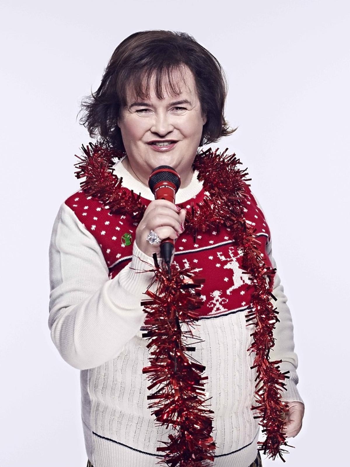 Susan Bolye w świątecznym swetrze