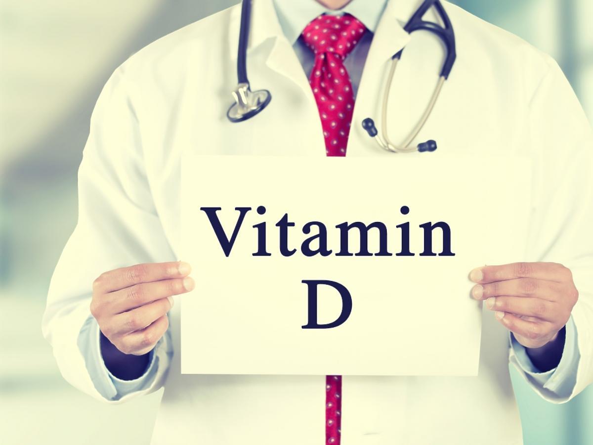 lekarz polecający witaminę D