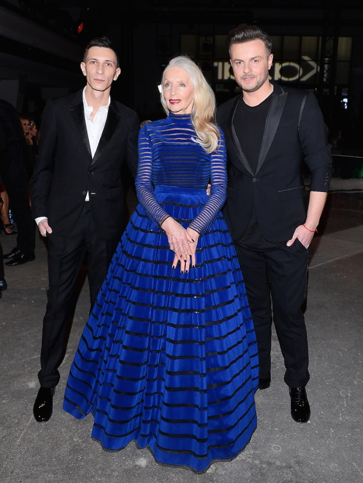Helena Norowicz w kobaltowej sukni do ziemi