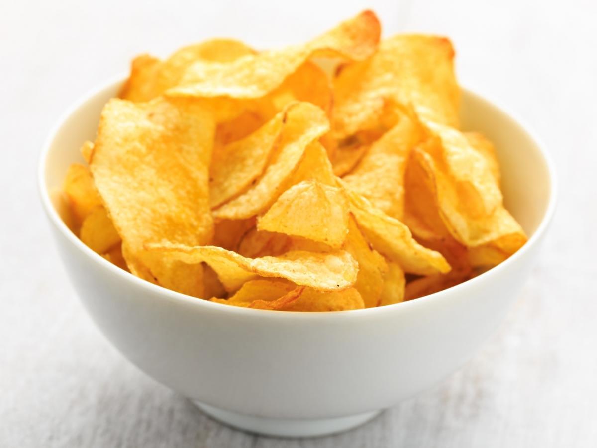miseczka z chipsami