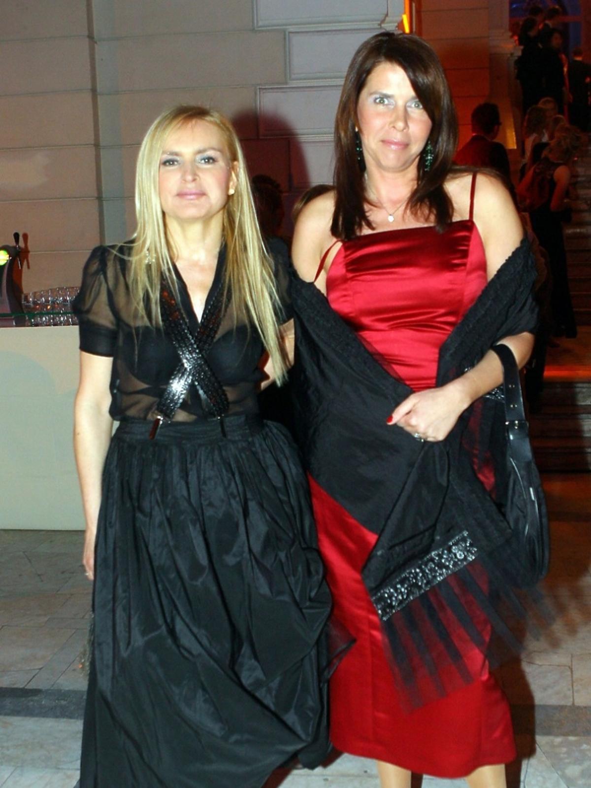 Monika Olejnik i Katarzyna Kolenda Zaleska pozują uśmiechnięte