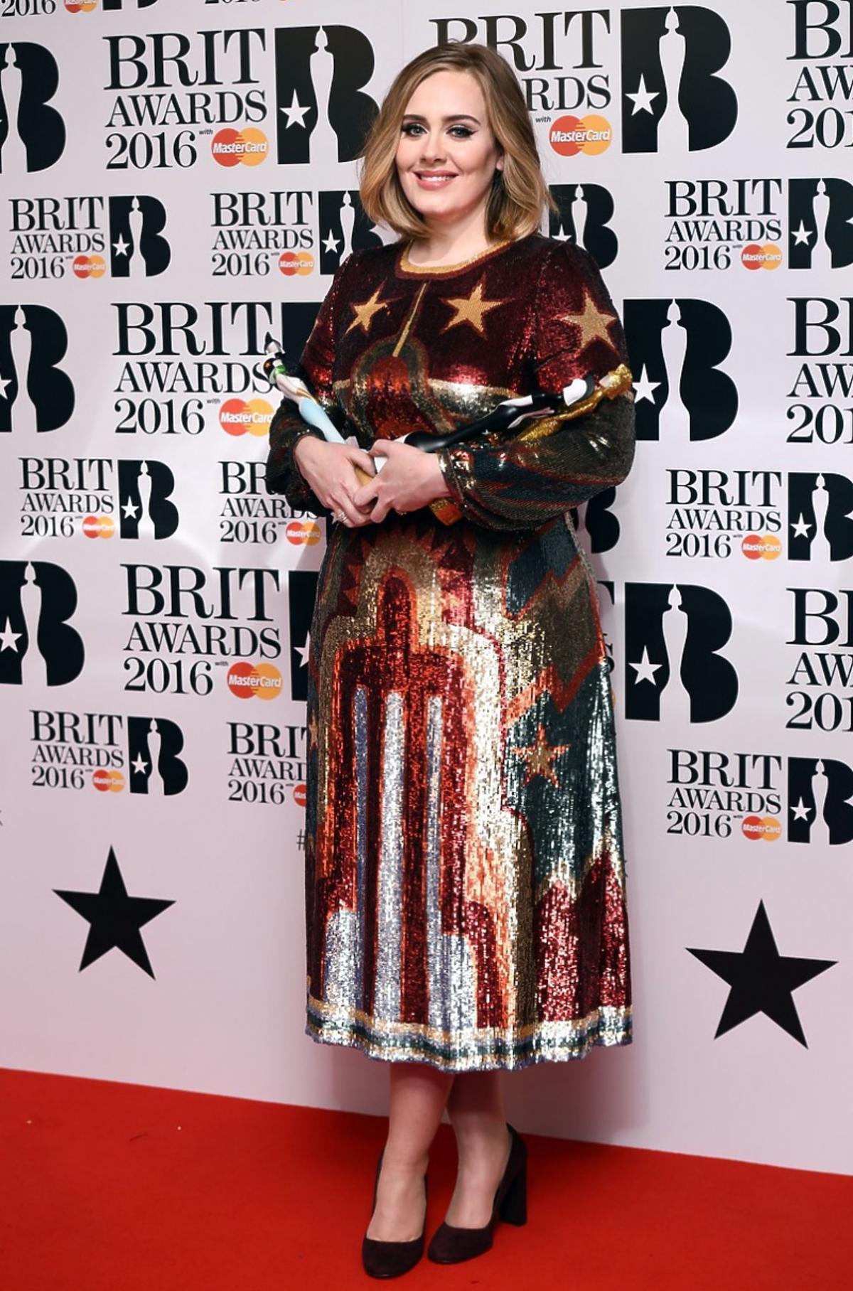 Adele w brokatowej sukni w gwiazdki