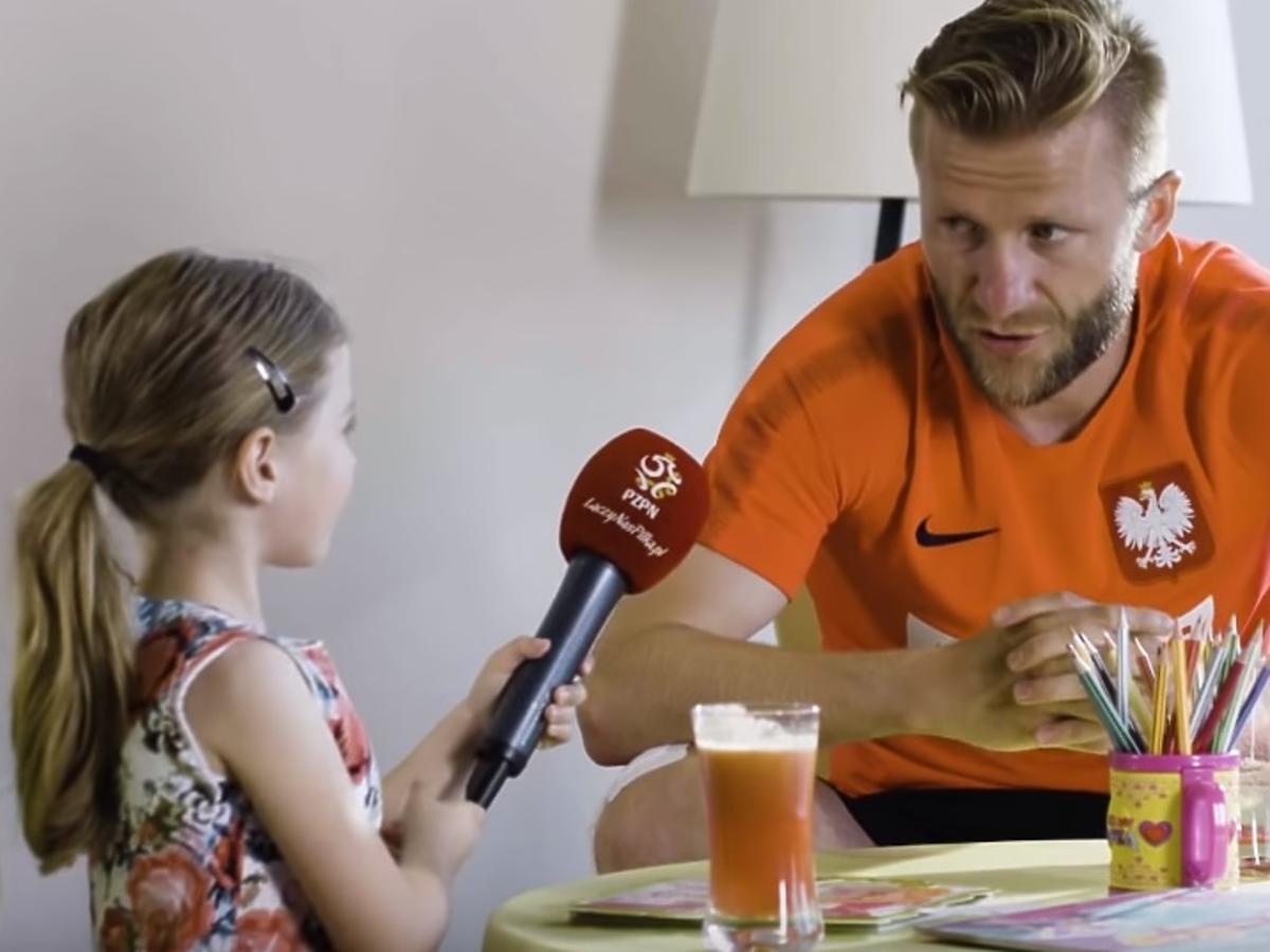 6-letnia Laura zapytała się, jakie kary daje polskim piłkarzom Nawałka! To WIDEO jest HITEM internetu!