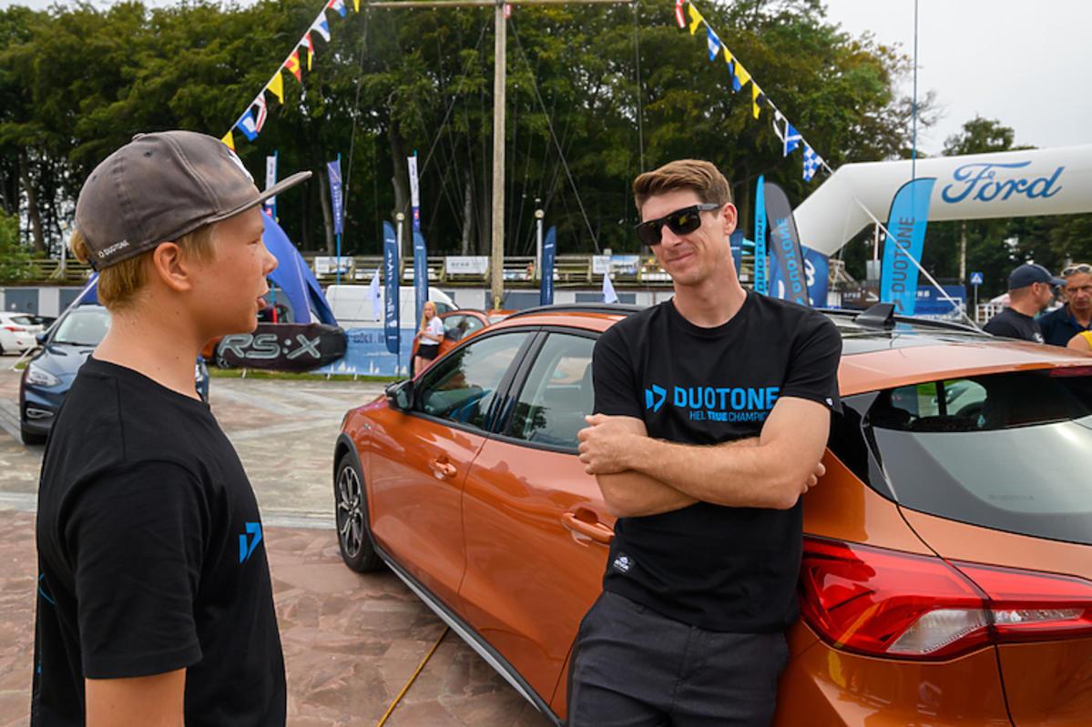 Aaron Hadlow na Ford Focus Active Challenge