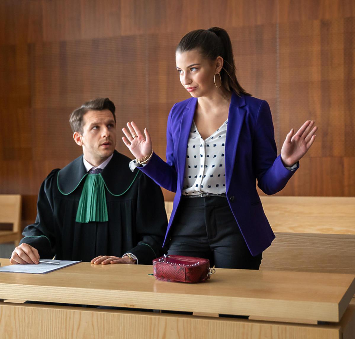 Ada wybucha w sądzie - fragment