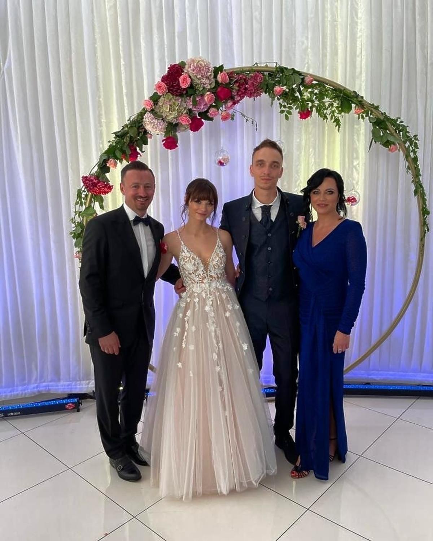 Adam Małysz z żoną, córką i zięciem
