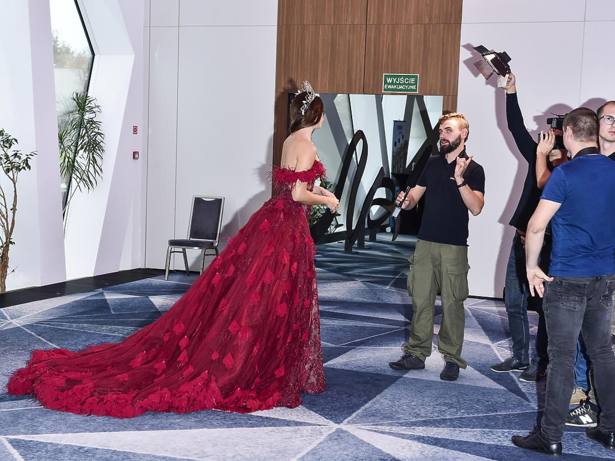 Agata Biernat w tej sukni zaprezentuje Polskę w konkursie Miss World 2018