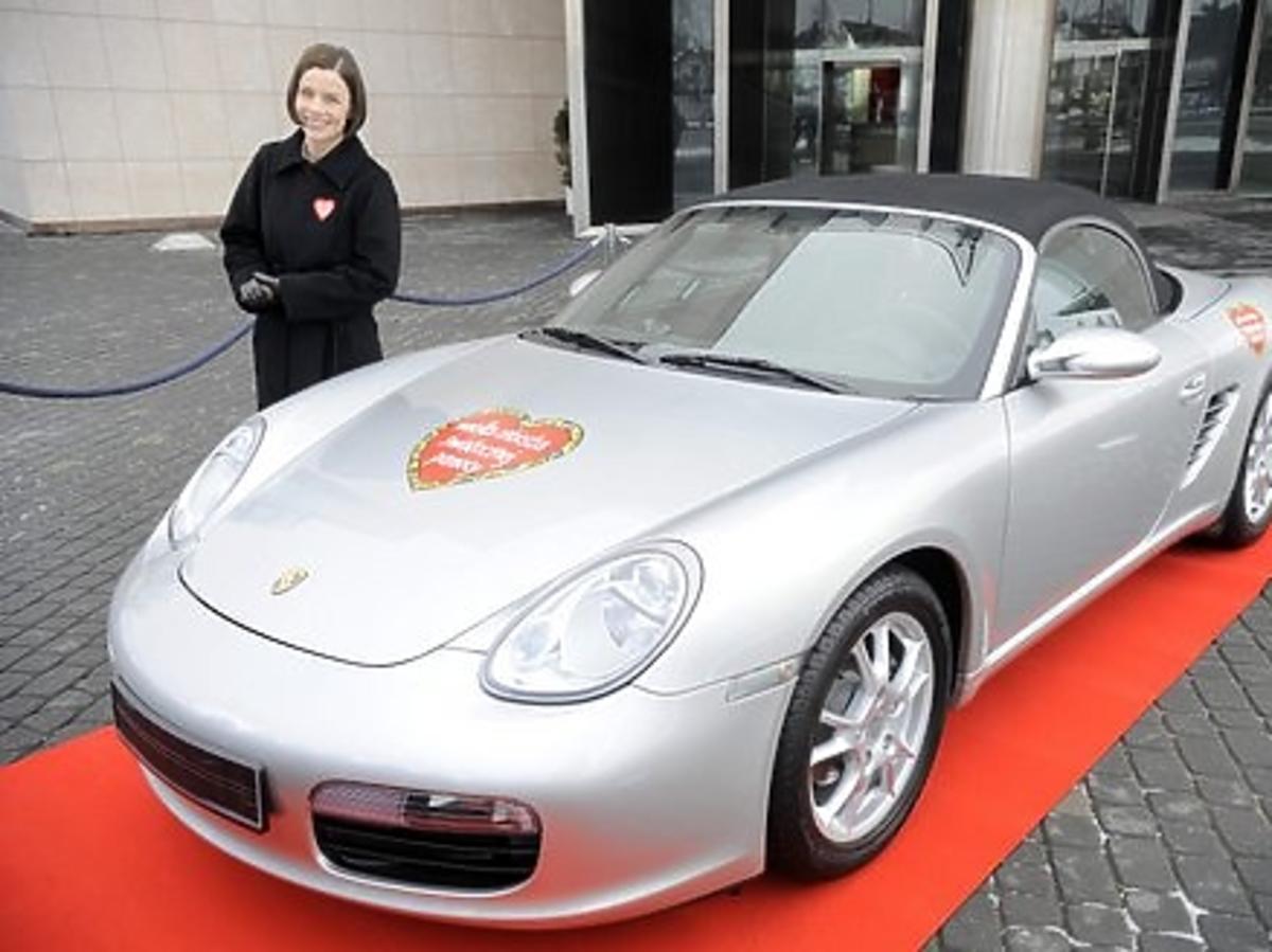 Agata Kulesza oddała porsche na aukcję WOŚP