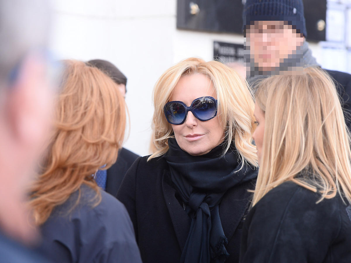 Agata Młynarska w okularach