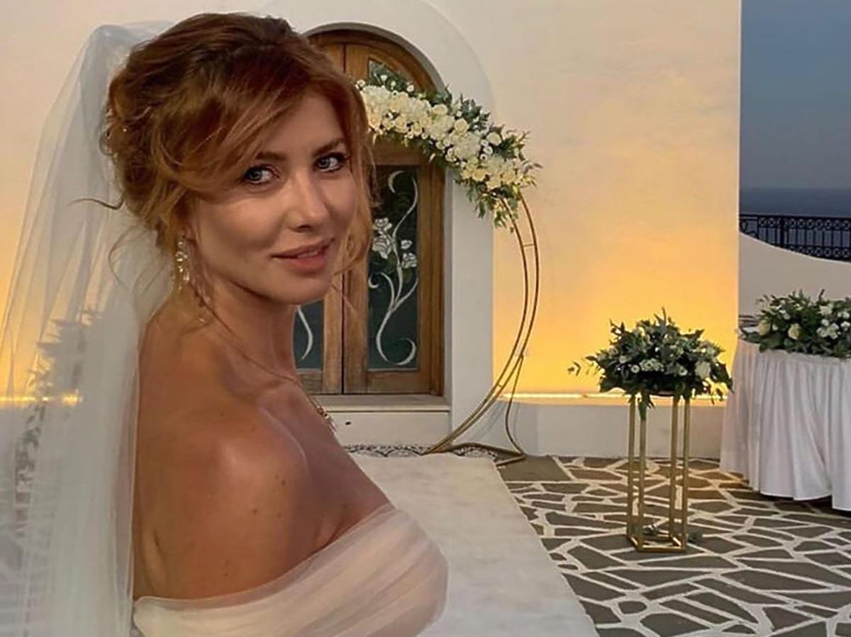Agata Załęcka w sukni ślubnej