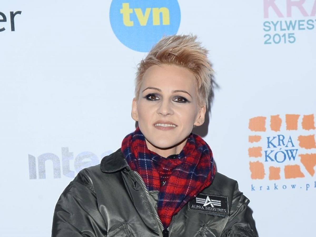 Agnieszka Chylińska w zielonej kurtce sylwester 2015 w Krakowie