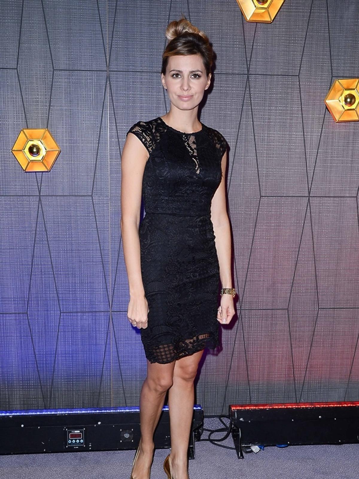 Agnieszka Hyży w czarnej sukience