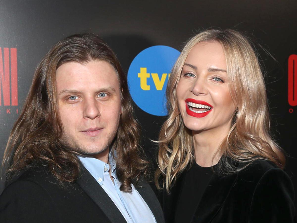 Agnieszka i Piotr Woźniak-Starak na premierze serialu