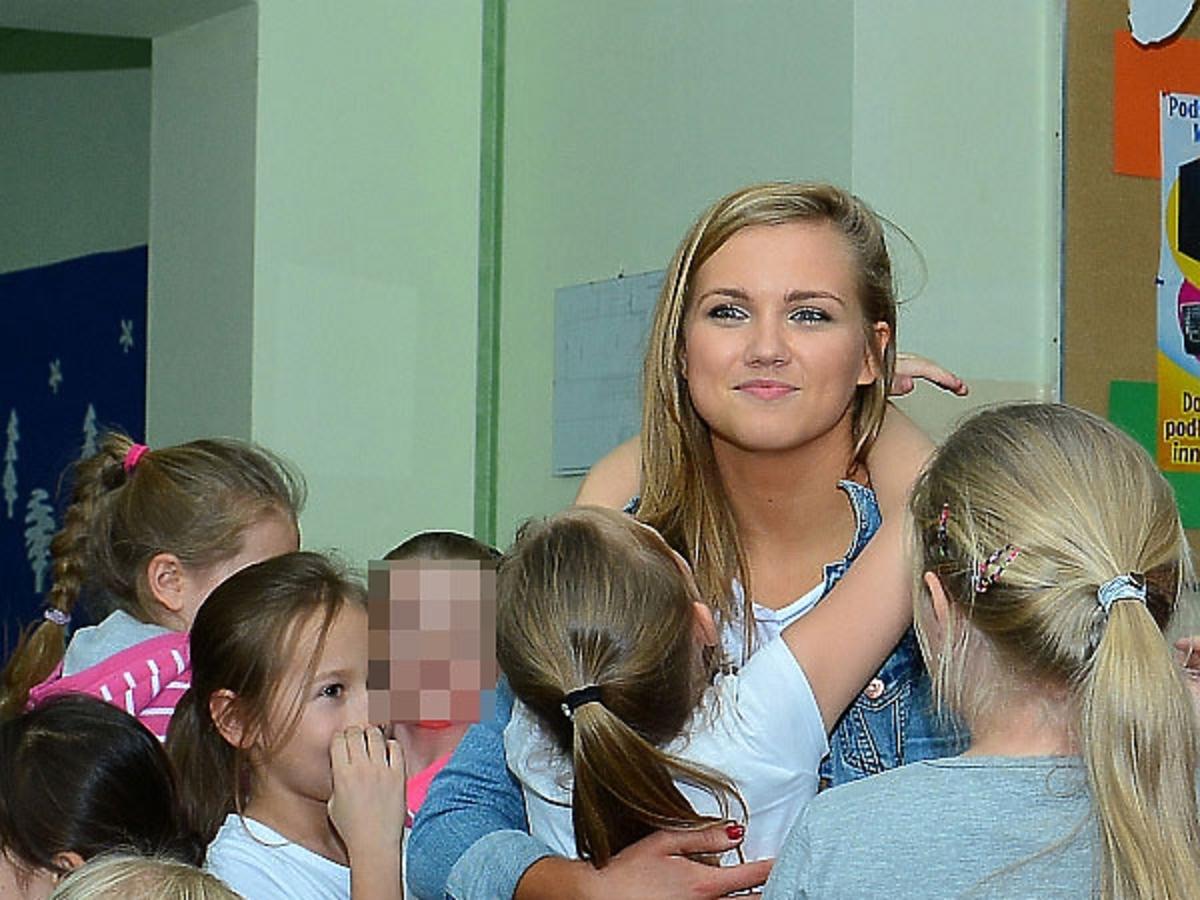 Agnieszka Kaczorowska w rozpuszczonych włosach