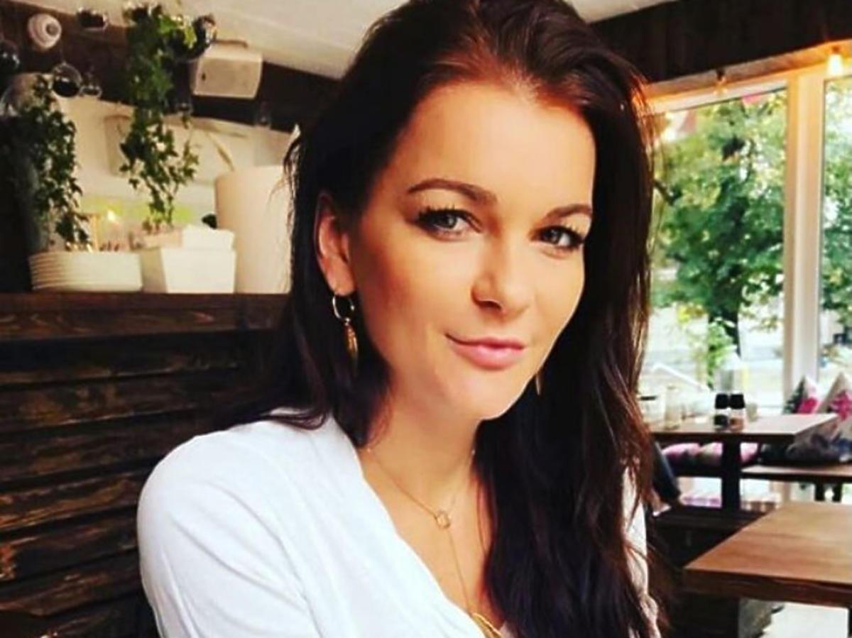 Agnieszka Radwańska w białej koszulce