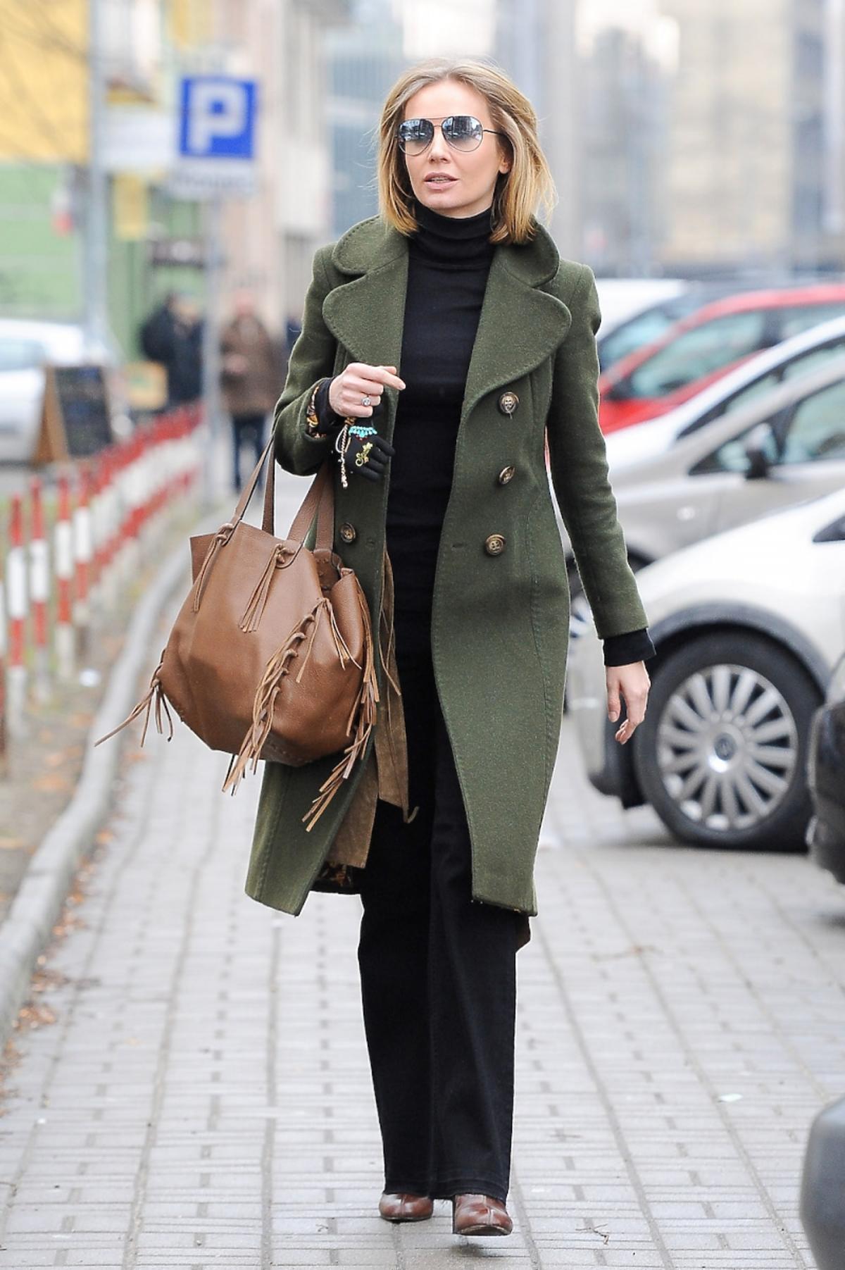 Agnieszka Szulim w drodze do sądu