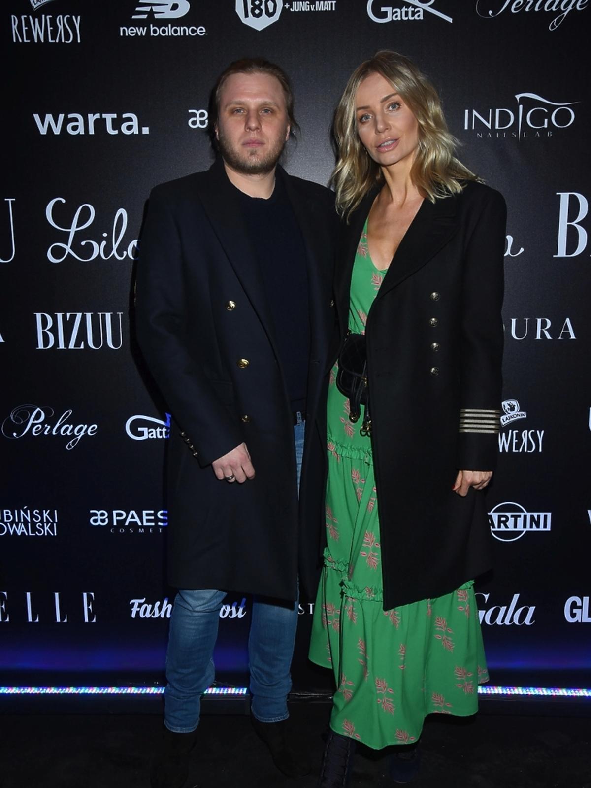 Agnieszka Woźniak Starak z mężem, Piotrem na pokazie bizuu