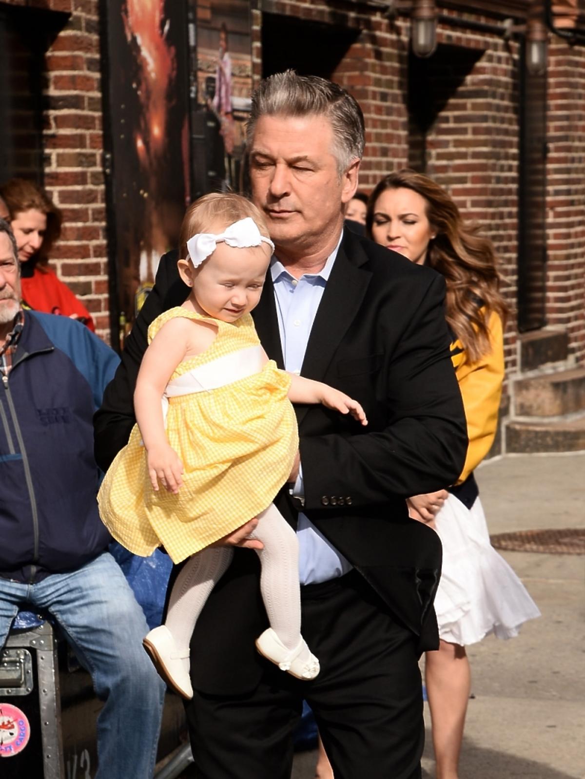 Alec Baldwin pokazał ciężarną żonę i dziecko