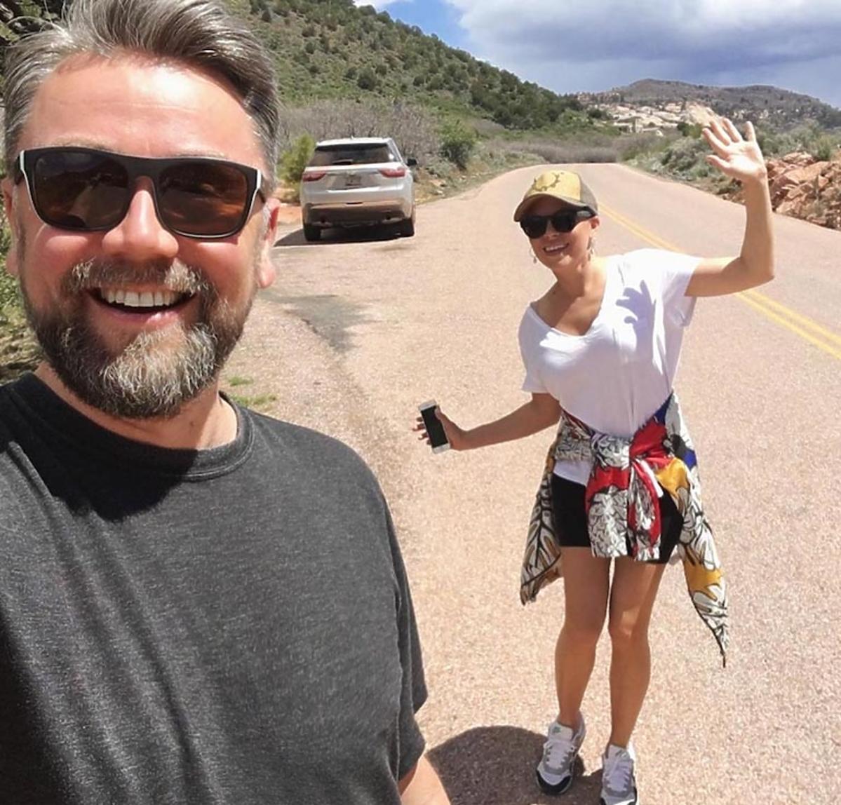 Aleksandra Kwaśniewska z mężem w USA