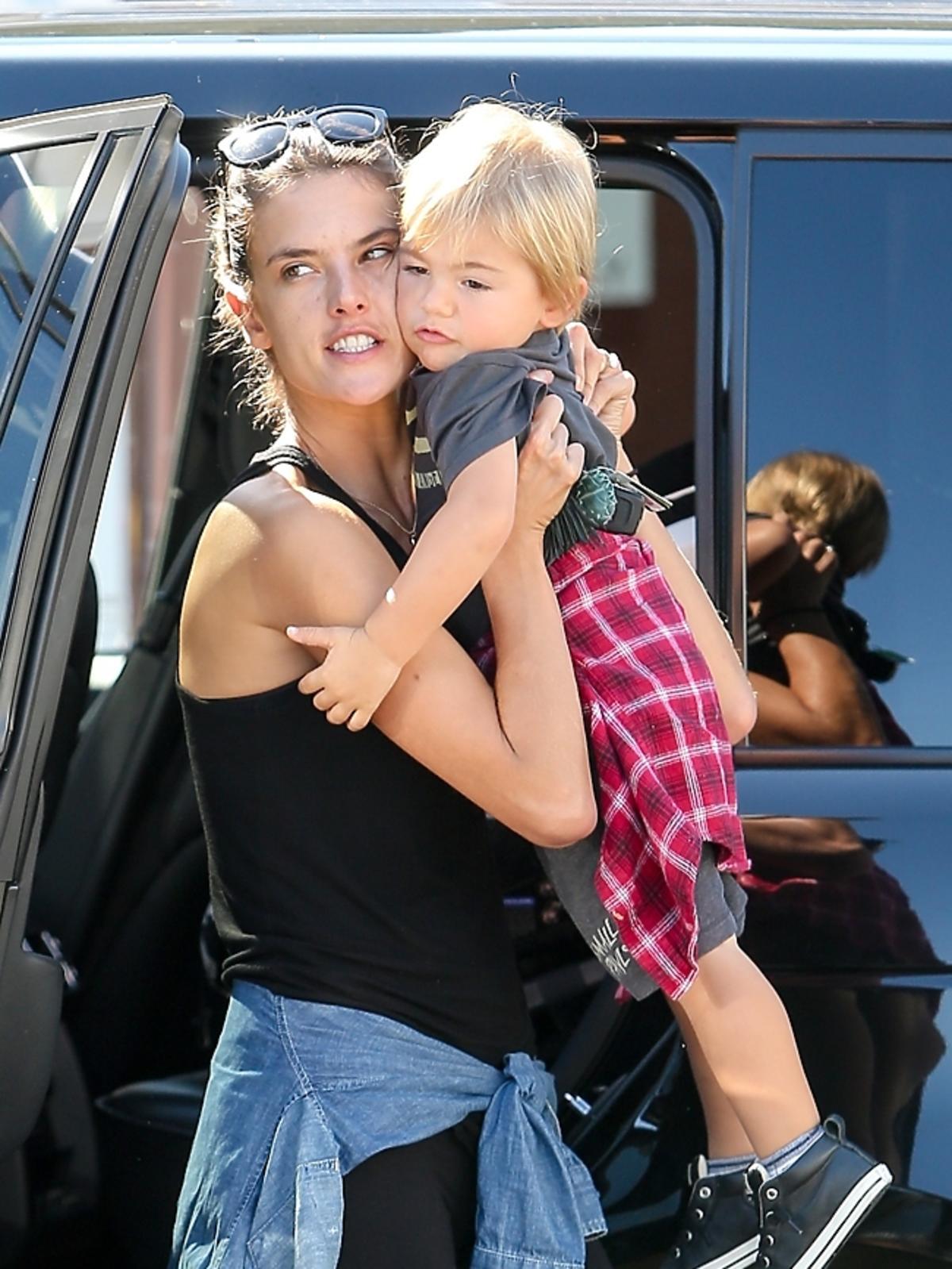 Alessandra Ambrosio z synkiem