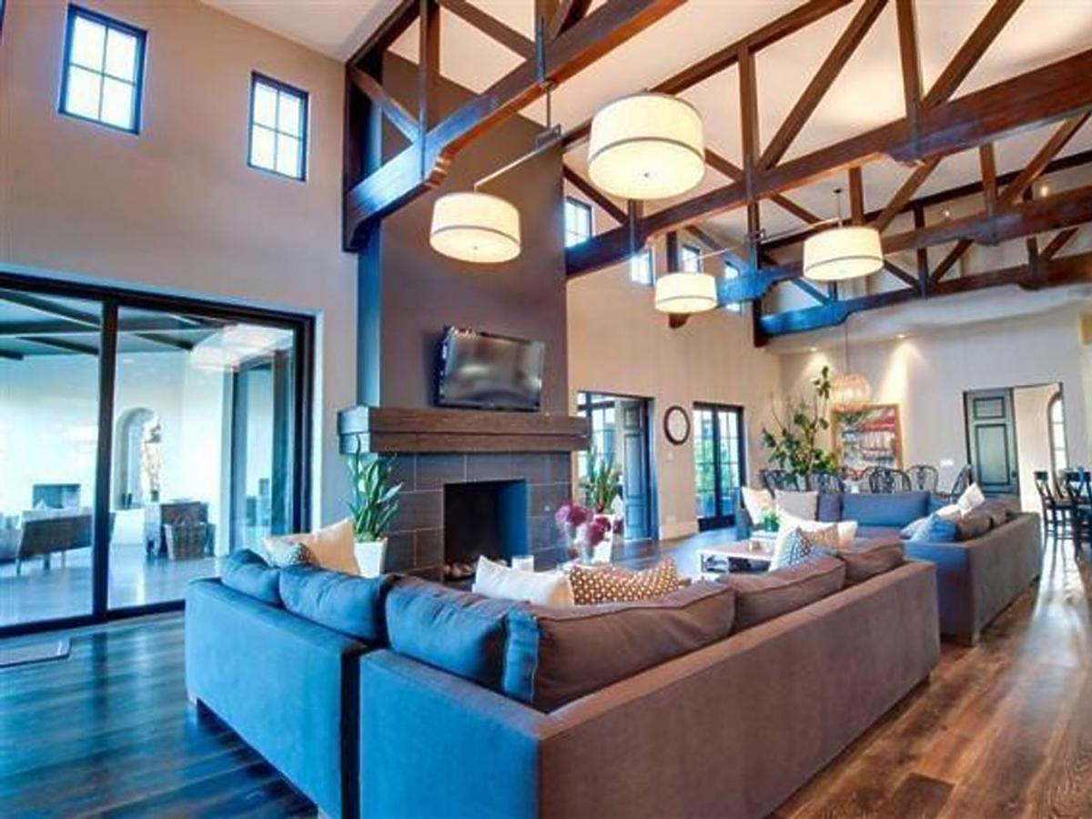 All-ONS_1437059-Britney_Spears_New_Home.jpg