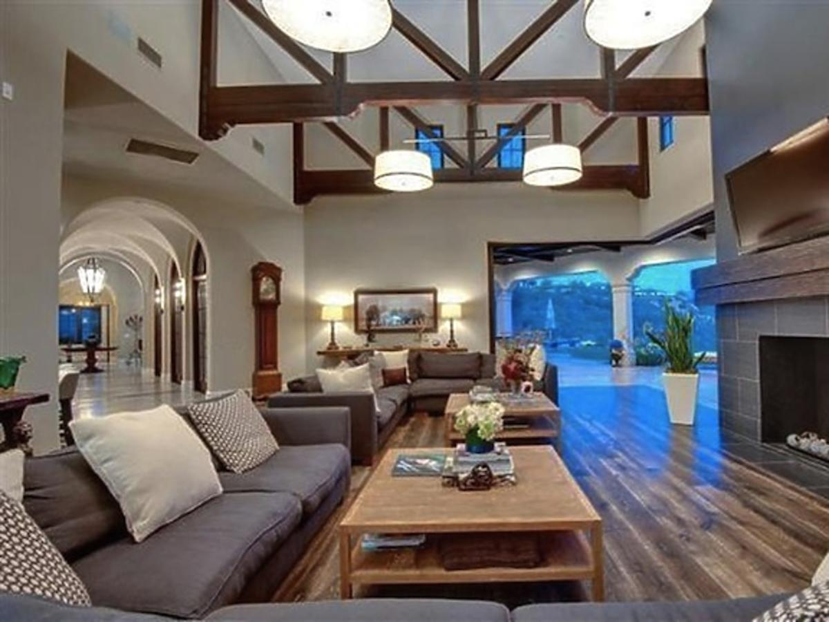 All-ONS_1437061-Britney_Spears_New_Home.jpg