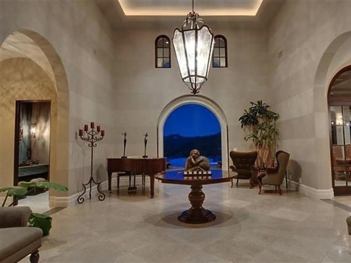 All-ONS_1437085-Britney_Spears_New_Home.jpg