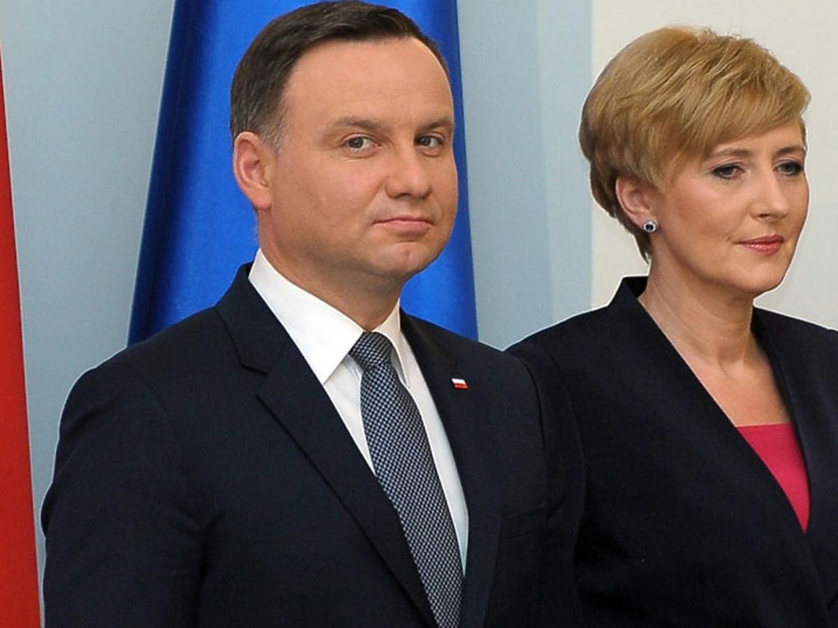 Andrzej Duda w garniturze, Agata Duda w czarnym żakiecie na spotkaniu w Pałacu Prezydenckim