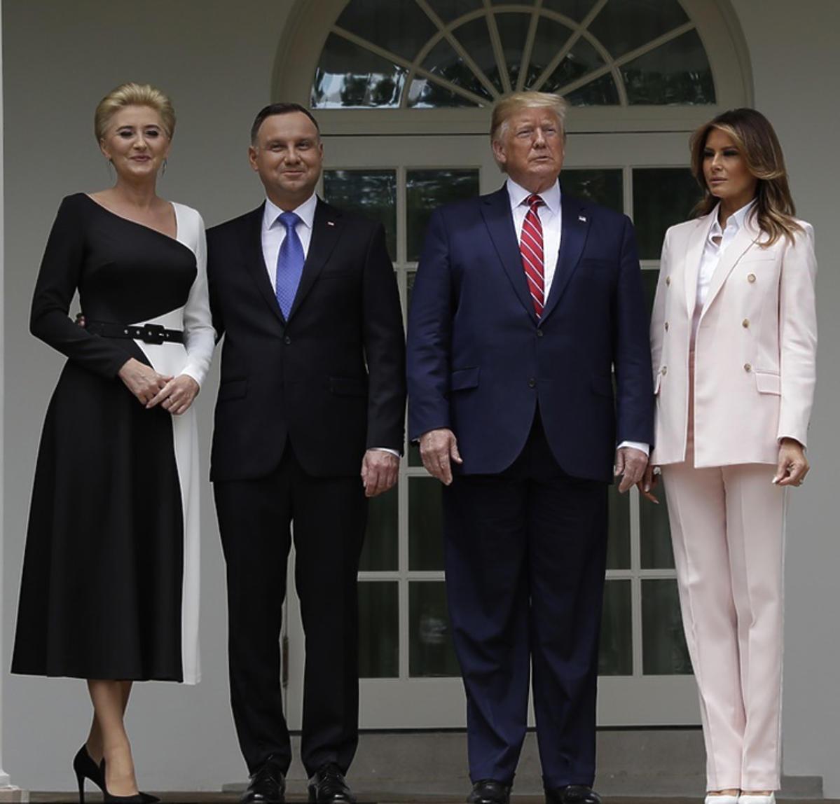 Andrzej Duda z żoną w Białym Domu u boku Trumpów