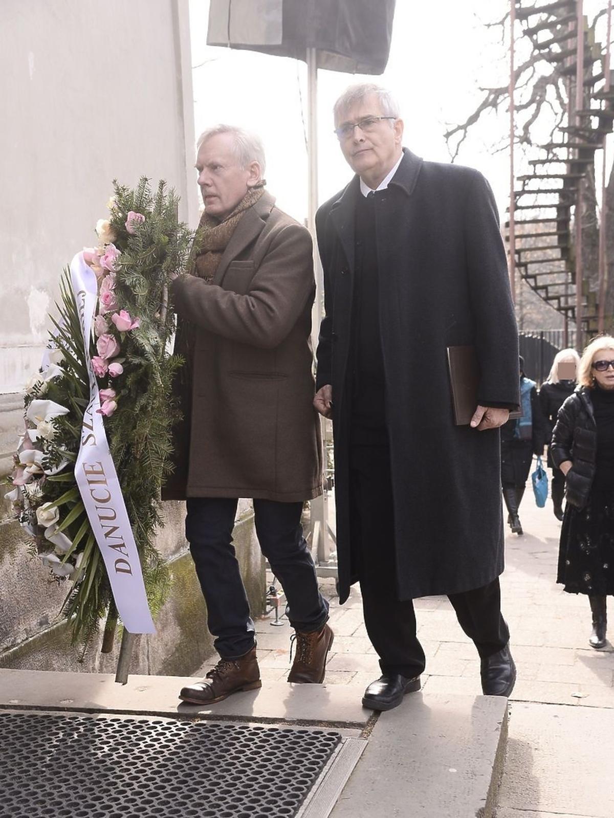 Andrzej Precigs i Olgierd Łukaszewicz na pogrzebie Danuty Szaflarskiej