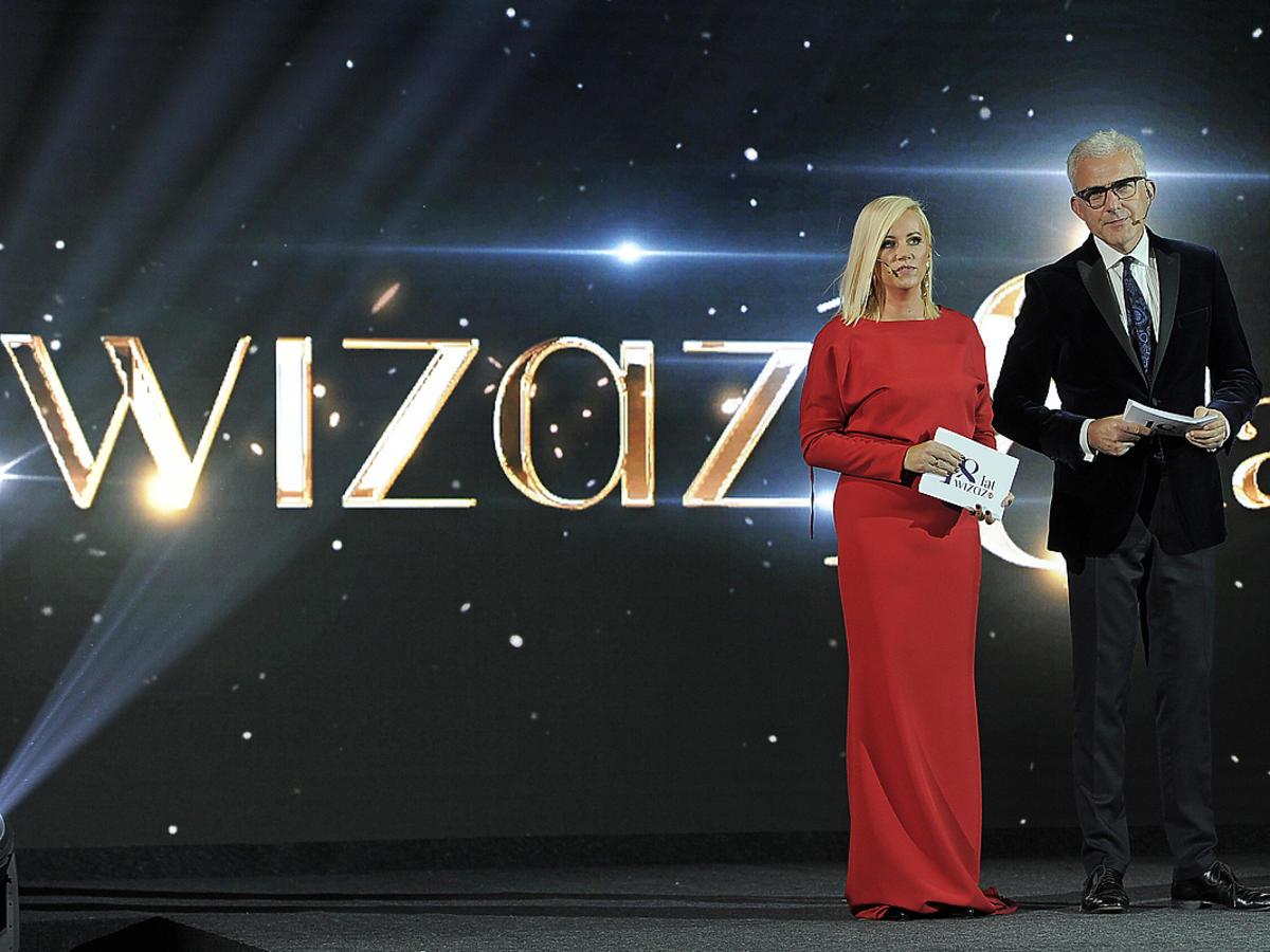 """Aneta Wikariak, Hubert Urbański na 18. urodzinach """"Wiazaż.pl"""""""