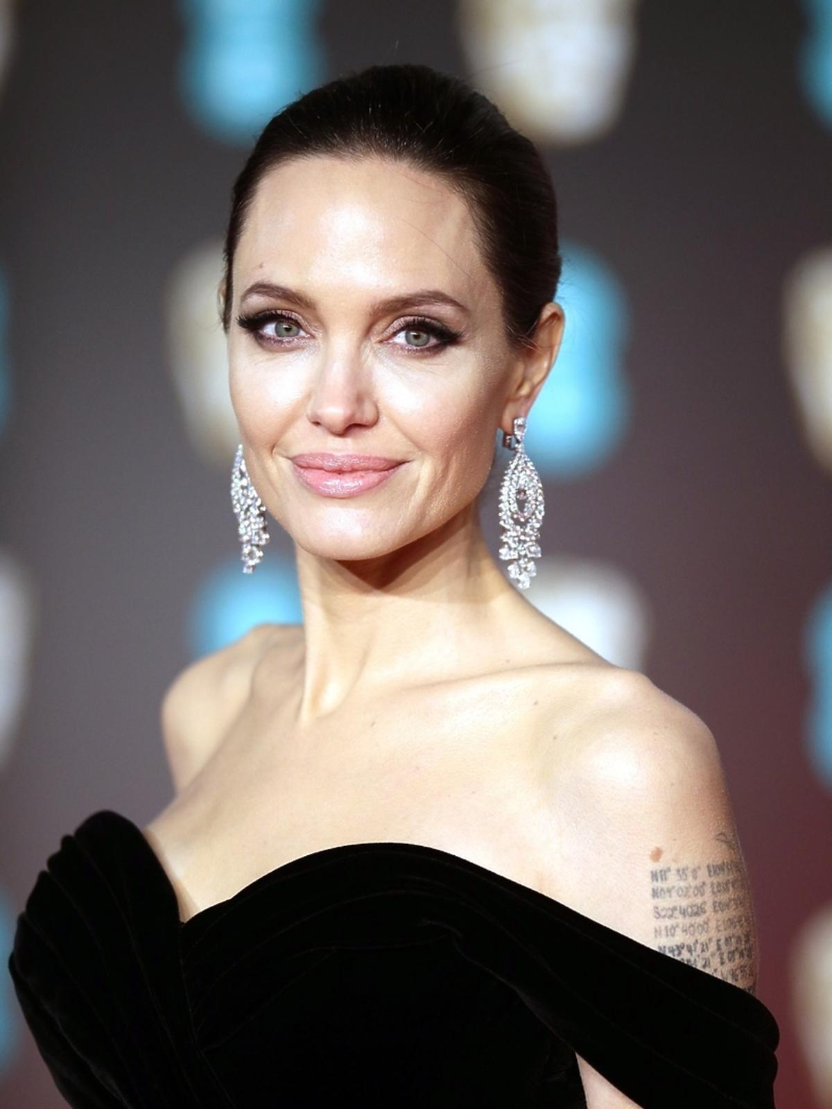 Angelina Jolie na gali BAFTA 2018