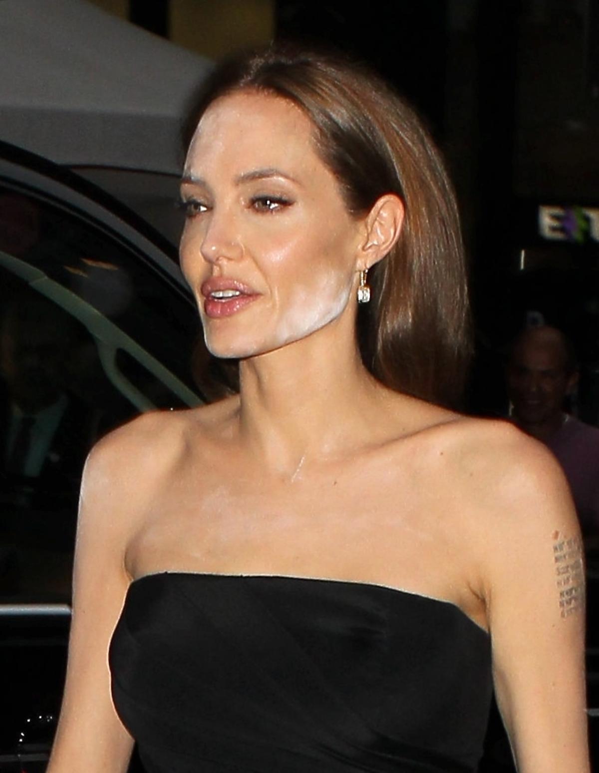 Angelina Jolie na premierze filmu The Normal Heart. Wpadka z makijażem Angeliny Jolie