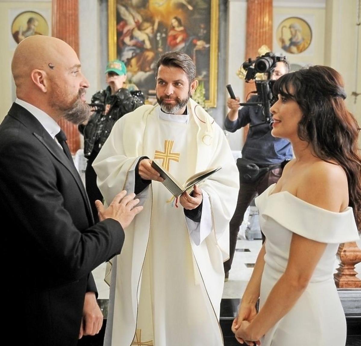 Angie Cepeda w filmie Patryka Vegi