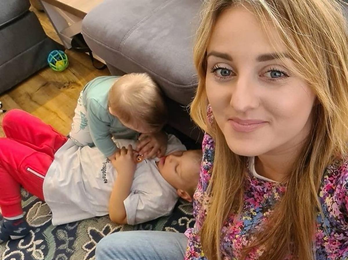 Ania Bardowska z dziećmi