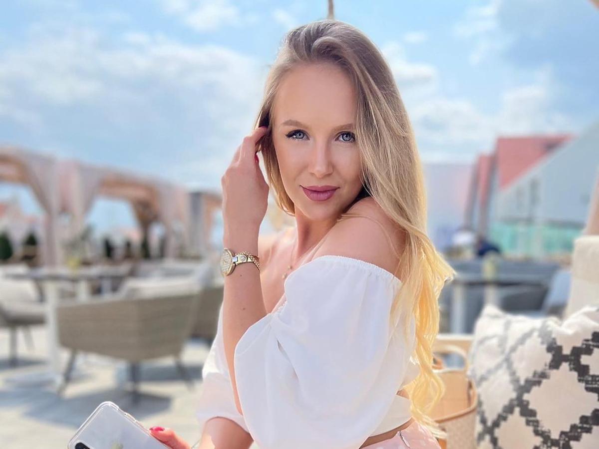 """Ania z """"Hotelu Paradise"""" z modną torebką DeeZee. Identyczną mają Wieniawa i Lewandowska!"""