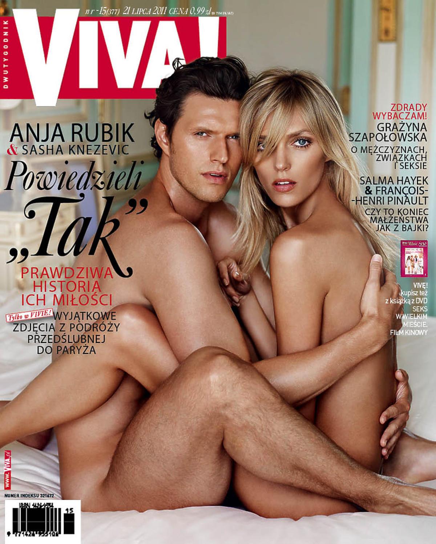 Anja Rubik i Sasha Knezevic nago na okładce Vivy! lipiec 2011