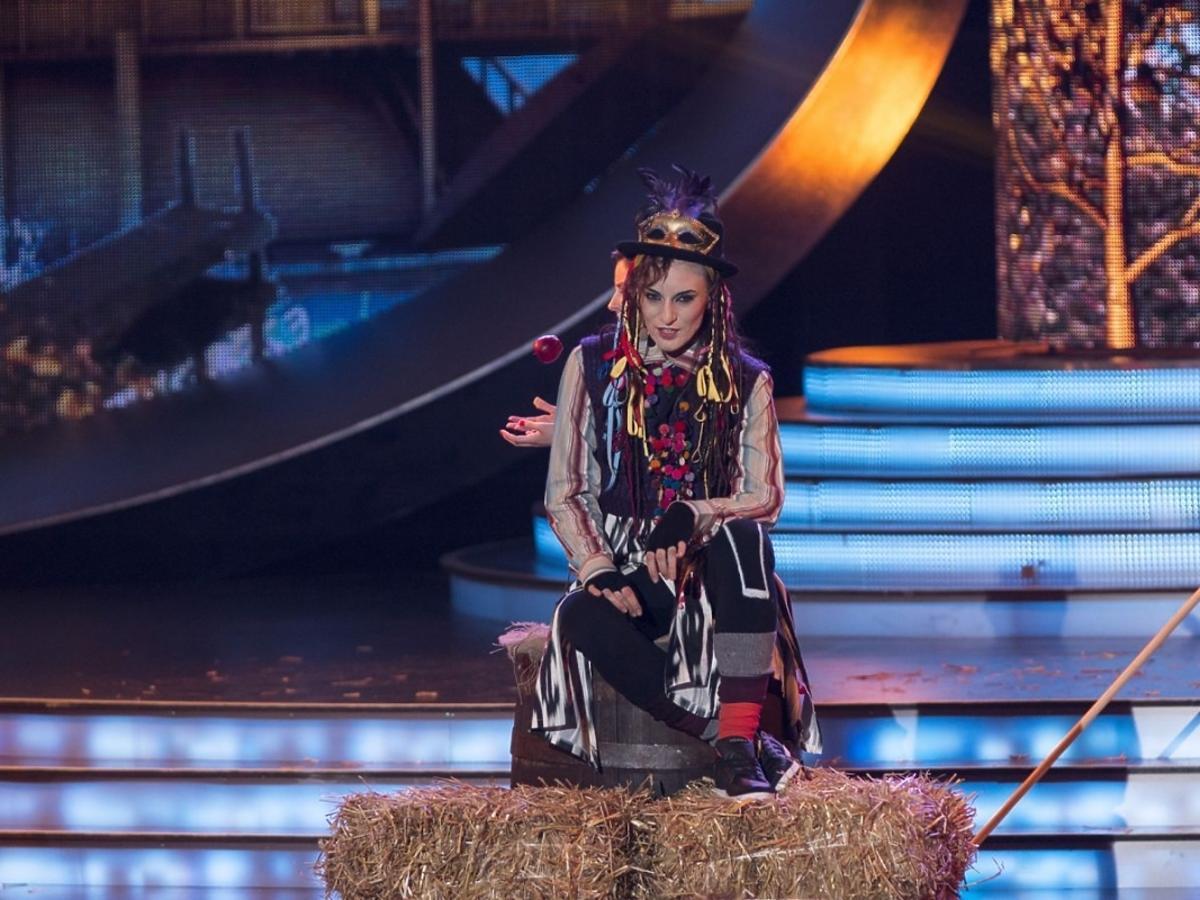 Anna Czartoryska jako Boy George w czwartym odcinku TTBZ