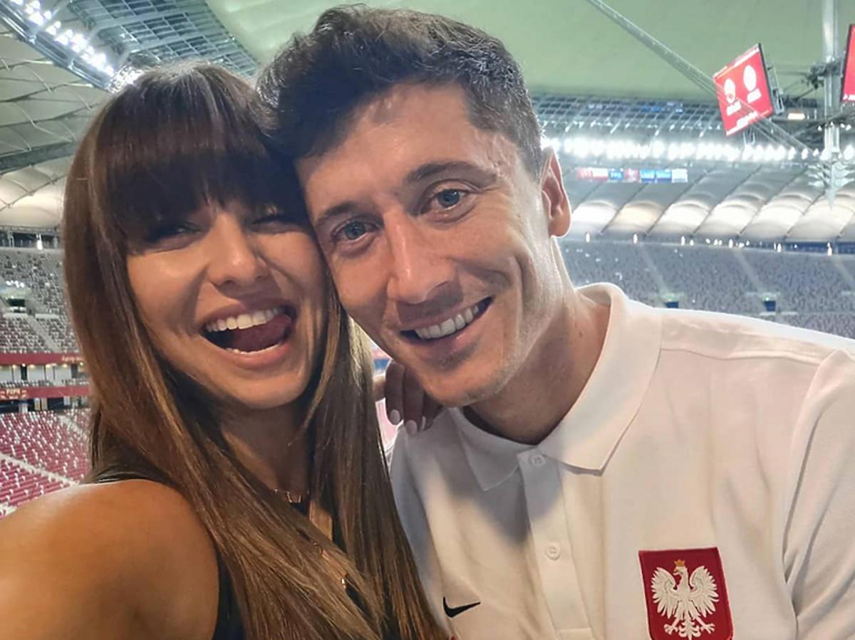 Anna i Robert Lewandowscy, mecz Polska-Izrael na Stadionie Narodowym