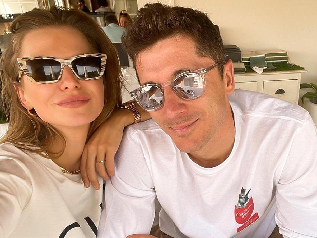 Anna i Robert Lewandowscy w okularach