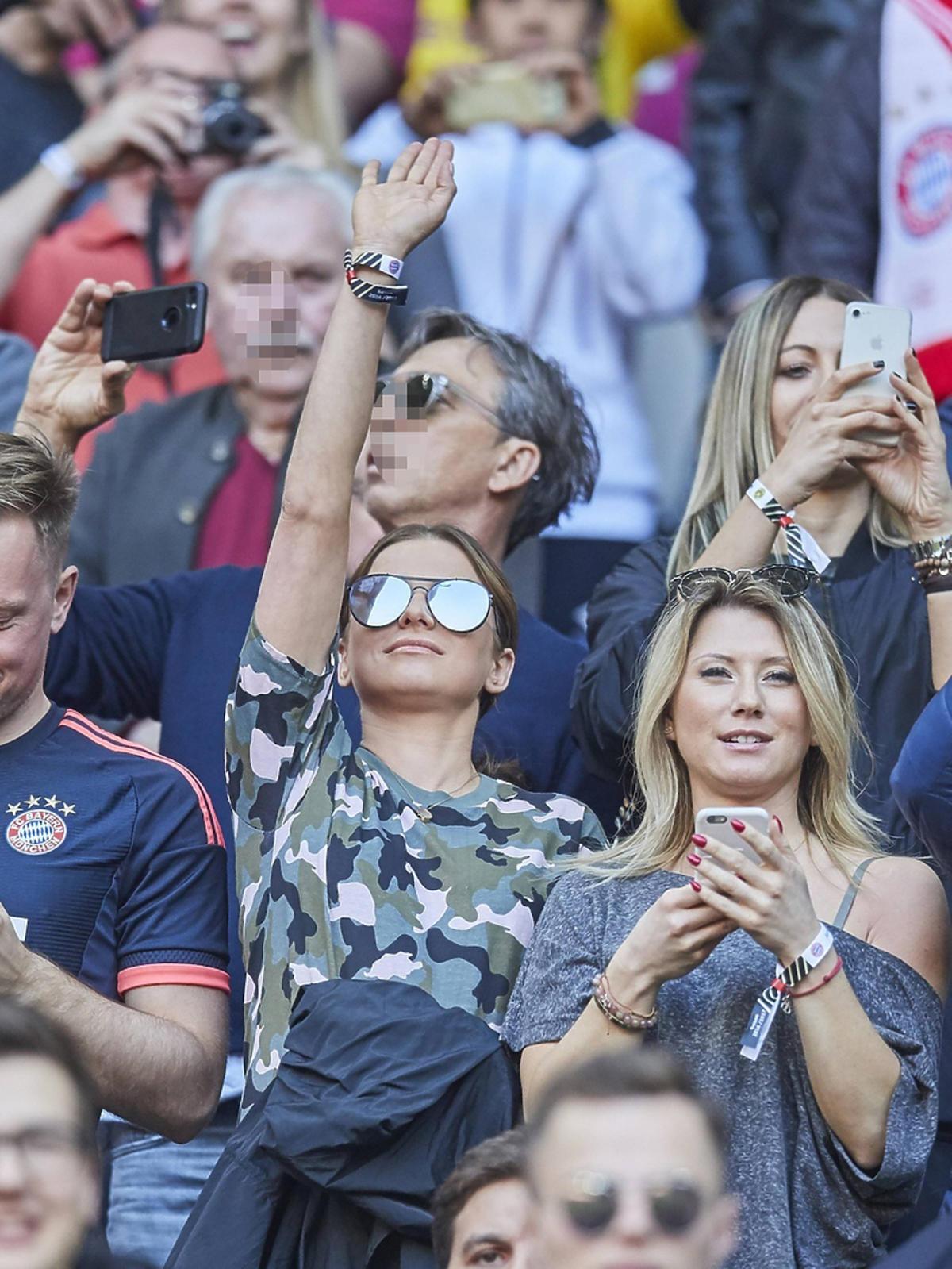 Anna Lewandowska i Kuba Wesołowski na meczu Bayernu