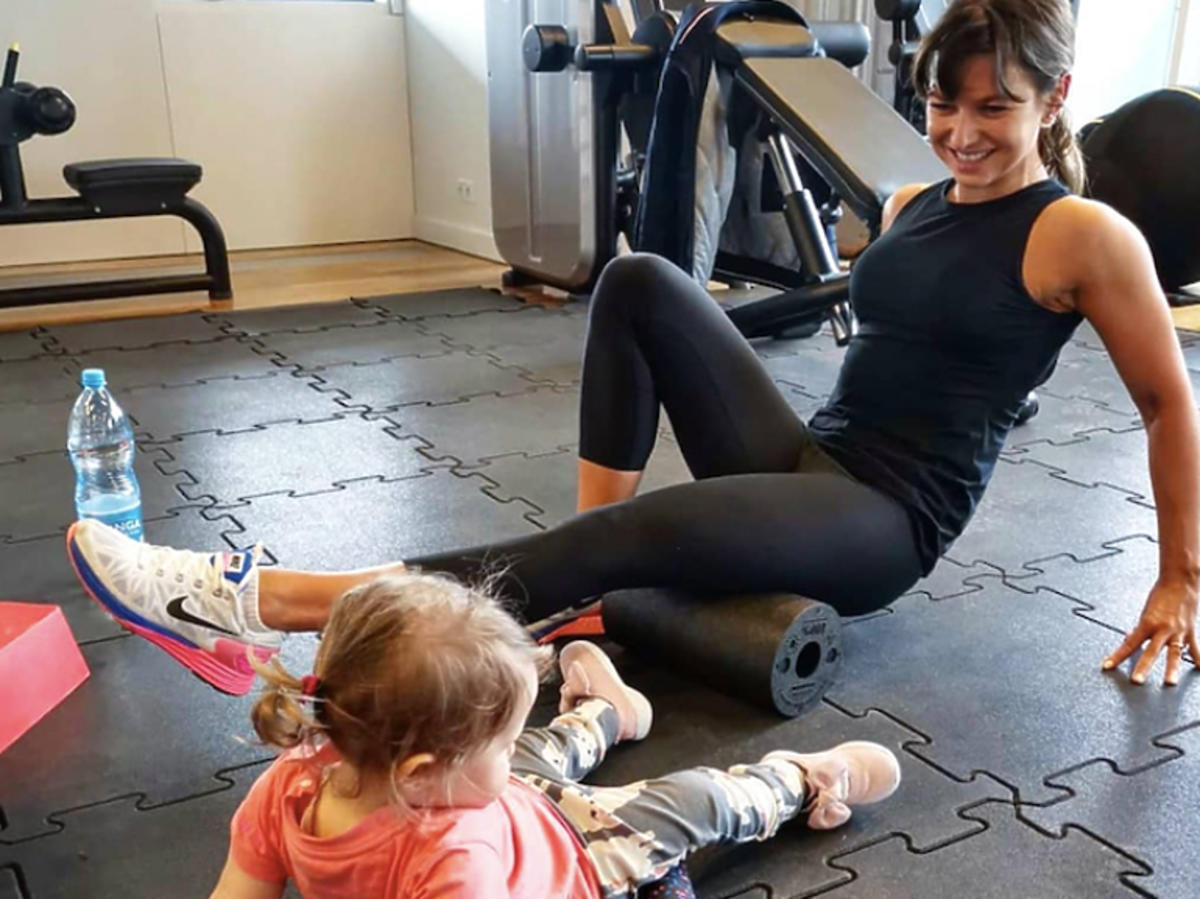 Anna Lewandowska, Klara Lewandowska ćwiczą na siłowni