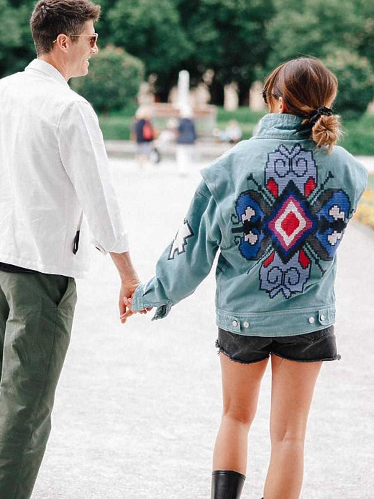 Anna Lewandowska w jeansowej kurtce na wiosnę 2021