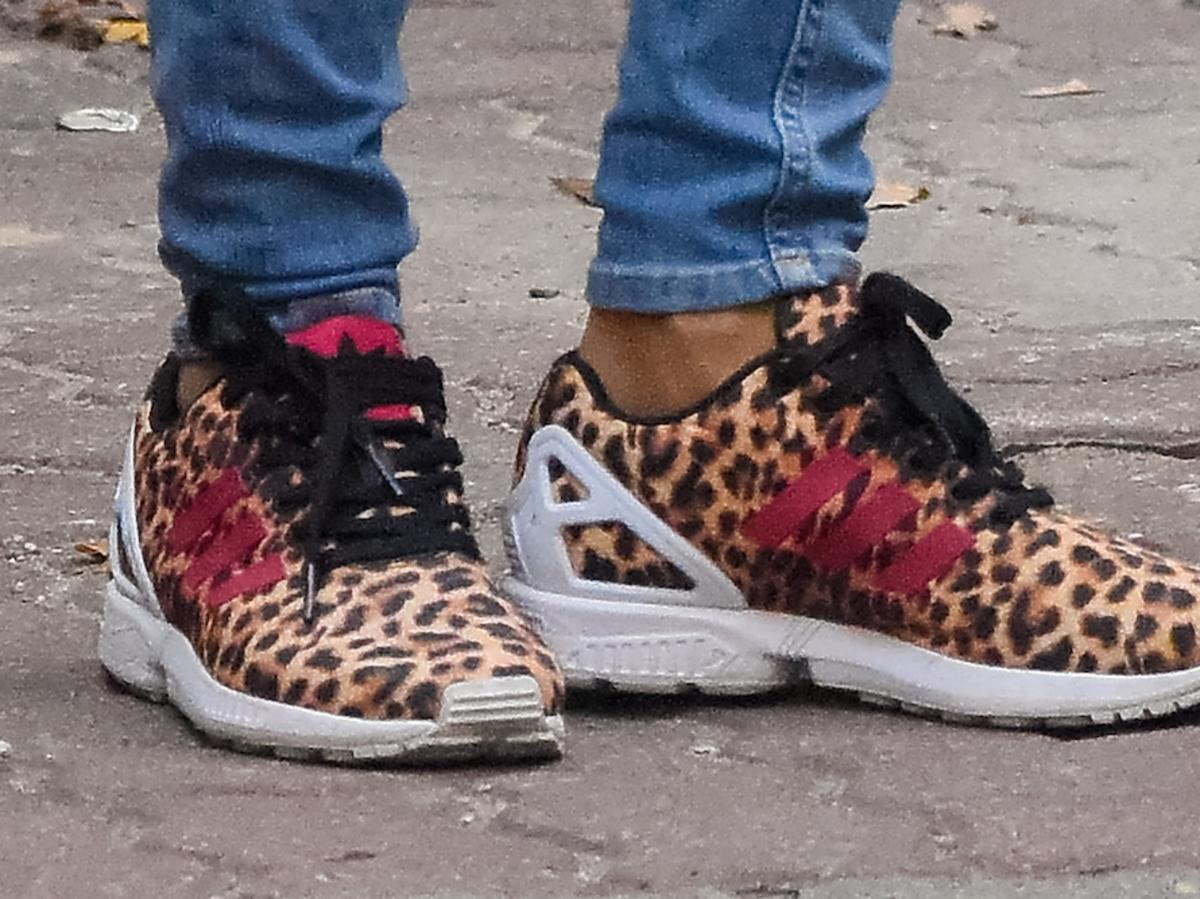 Anna Mucha w butach w panterkę