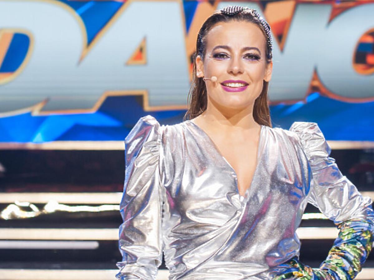Anna Mucha w srebrnej sukience w Dance Dance Dance