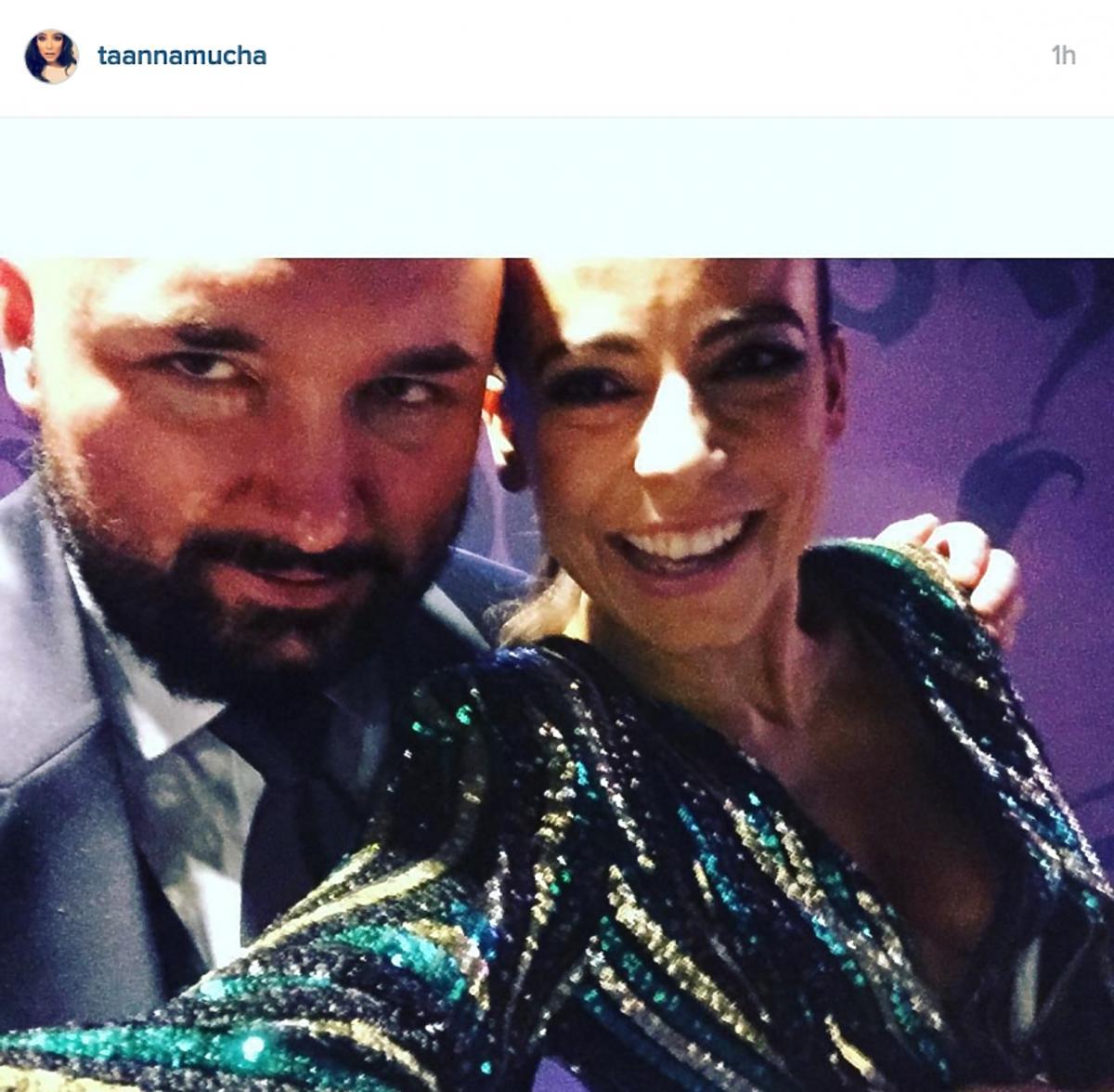 Anna Mucha w sukience z dekoltem Instagram