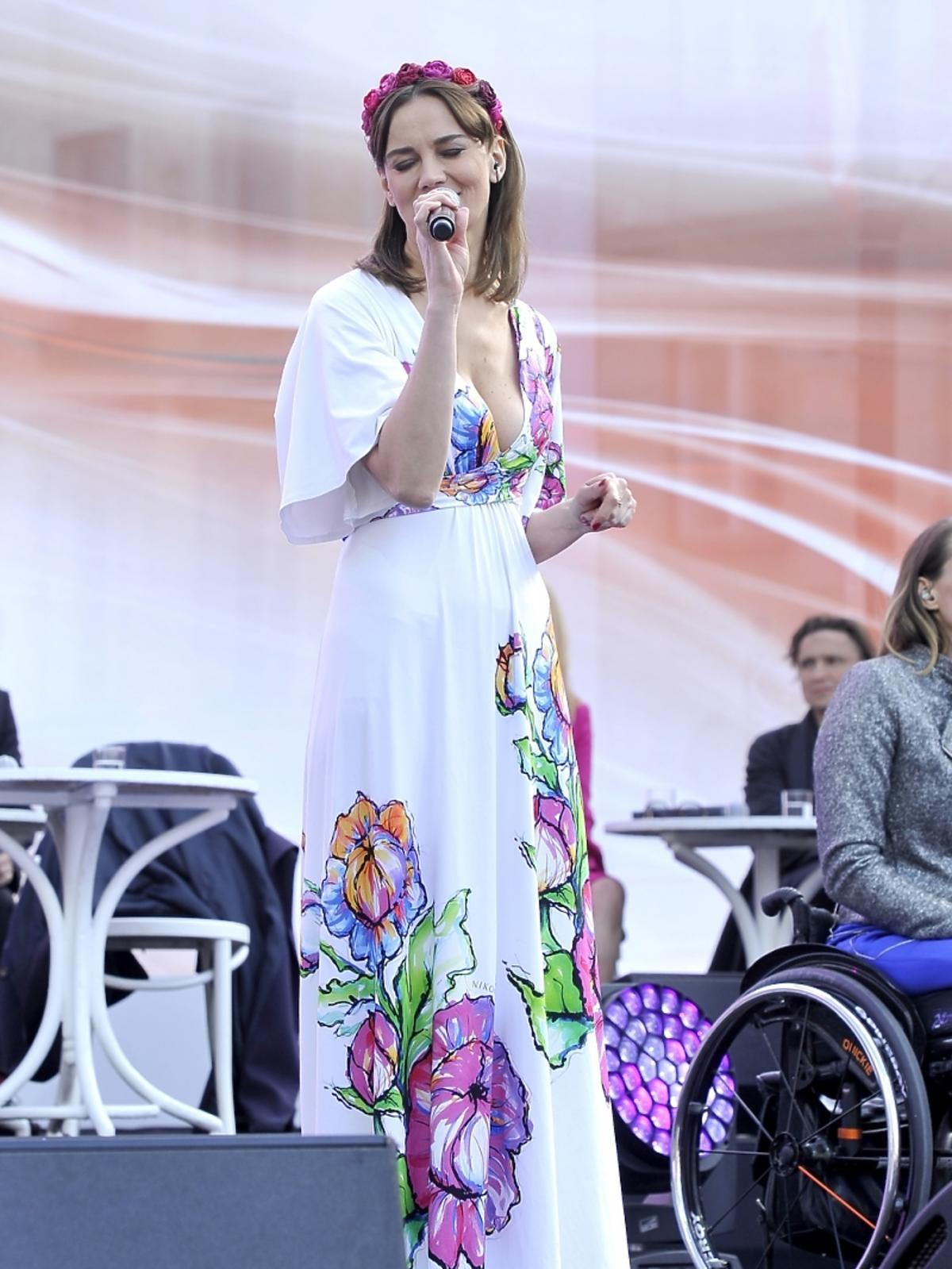 Anna Nieśpielak na koncercie 25-lecia Wspólnoty Polskiej