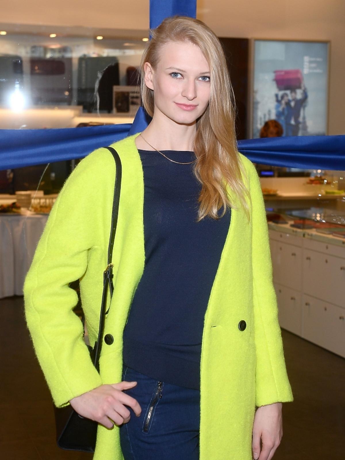 Anna Piszczałka podczas otwarcia salonu Desley