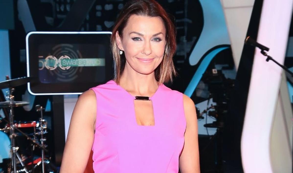 Anna Popek w różowej sukience